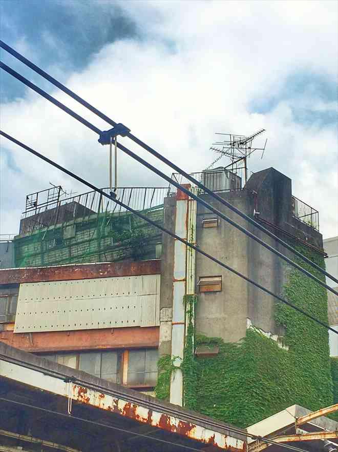代々木駅から見た代々木会館