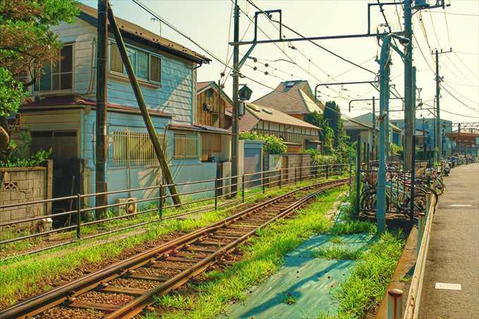 ヨリドコロ近辺にあるノスタルジックな線路
