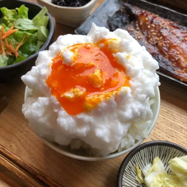 ヨリドコロの「卵かけご飯」